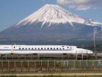 fuji_shinkansen.jpg