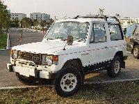 Mitsubishi_Pajero.jpg